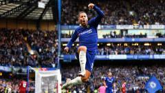 Indosport - Selebrasi pemain megabintang Chelsea, gol Eden Hazard.