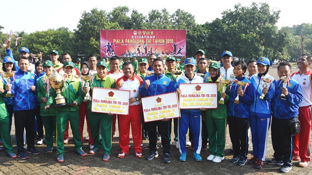 Kontingen TNI AD Juara Umum Pertandingan Piala Panglima TNI Tahun 2018. Copyright: PUSPEN TNI