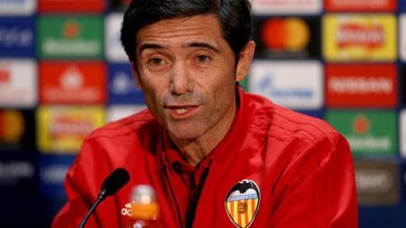 Marcelino Garcia Toral menjadi 'korban' keusilan pemain Valencia. - INDOSPORT