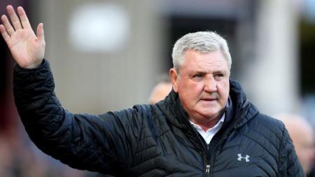 Manajer Newcastle United, Steve Bruce, diminta bertahan di era kepemimpinan Pangeran Salman - INDOSPORT