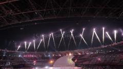 Indosport - Kemeriahan pembukaan Asian Para Games 2018.
