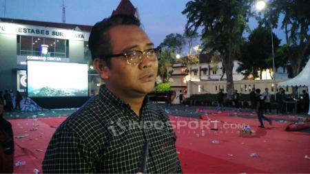 Manajer Unit Media dan Public Relation PT Liga Indonesia Baru (LIB), Hanif Marjuni, mengungkap alasan format babak 8 besar Liga 2 2019 diubah. Fitra Herdian Ariestianto/INDOSPORT. - INDOSPORT