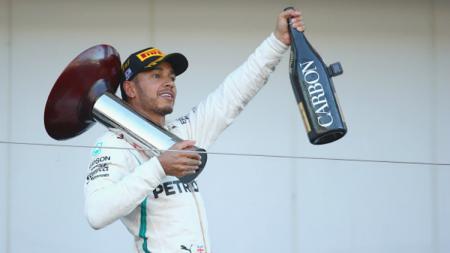 Lewis Hamilton juara F1 GP Jepang. - INDOSPORT