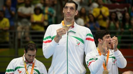 Morteza Mehrzad, pemain voli duduk Iran di Paralimpiade 2016. - INDOSPORT