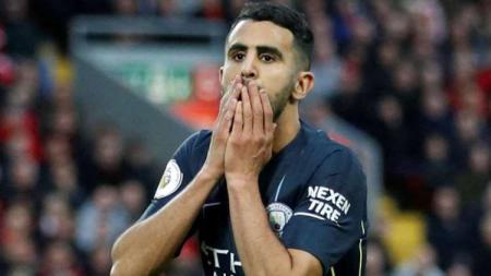 Riyad Mahrez dinyatakan lolos tes doping dan dipastikan bisa bermain untuk Menchester City pada pekan pembuka Liga Primer Inggris 2019/20 kontra West Ham. - INDOSPORT