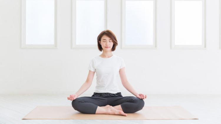 Ilustrasi Yoga. Copyright: hellosehat.com
