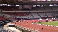 Indosport - Murid sekolah memadati Stadion Utama Gelora Bung Karno, Jakarta guna menonton pertandingan Asian Para Games 2018, Selasa (09/10/18).