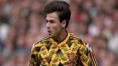 Indosport - Jersey 'Bruise Banana' yang populer pada 1991-93