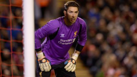 Kiper asal Australia, Brad Jones, saat masih membela Liverpool. - INDOSPORT
