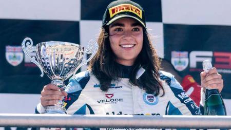 Seri W adalah balapan wanita sebagai upaya mencari bakat potensial wanita untuk maju ke kancah F1 - INDOSPORT