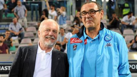 Aurelio De Laurentis dan Maurizio Sarri saat masih bersama di Napoli - INDOSPORT