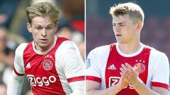 Indosport - Frenkie De Jong dan Mattihjs De Ligt, dua pemain Ajax yang diincar Barcelona.