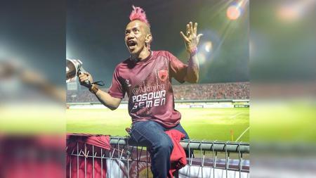 Suporter senior PSM Makassar, Daeng Uki. - INDOSPORT