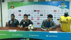 Indosport - Konferensi pers Sriwijaya FC usai dikalahkan Bhayangkara FC.