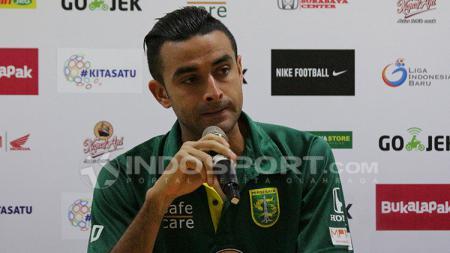 Otavio Dutra saat konfrensi pers usai laga Persebaya Surabaya vs Borneo FC. - INDOSPORT