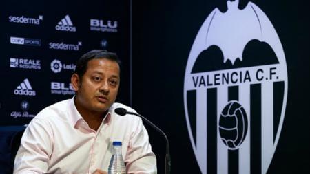 Pihak Valencia kabarnya tengah panik sampai menghubungi kepolisian setelah mendapatkan ancaman pembunuhan yang ditujukan ke presiden mereka, Anil Murthy. - INDOSPORT