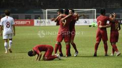 Indosport - Selebrasi para pemain Timnas Indonesia atas gol Beto Goncalves