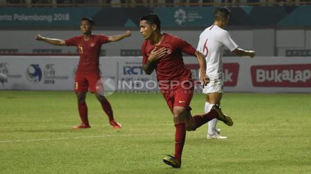 Selebrasi striker Timnas Indonesia, Beto Goncalves usai membobol gawang Hongkong - INDOSPORT