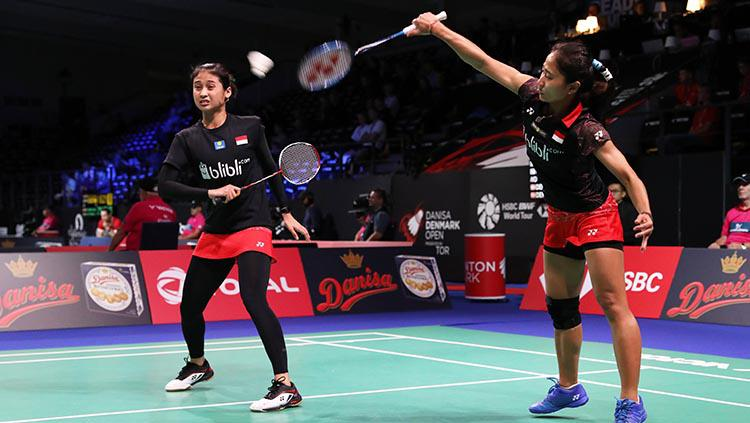 Rizki Amelia Pradipta/Ni Ketut Mahadewi Istarani di ajang Denmark Open 2018. Copyright: HUMAS PBSI