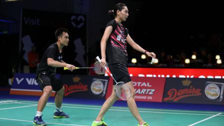 Hafiz Faizal/Gloria Emanuelle Widjaja saat pertandingan Denmark Open 2018. - INDOSPORT