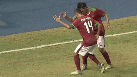 Selebrasi gol Lerby saat menjamu Thailand di Piala AFF - INDOSPORT