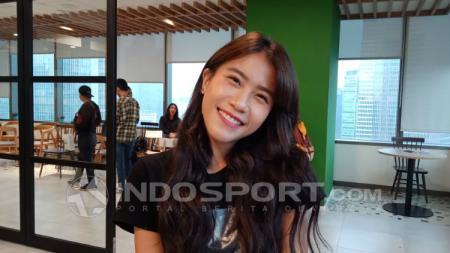 Gigi ex-Cherrybelle dalam promosi film Tujuh Bidadari. - INDOSPORT