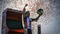 Indosport - Marc Marquez menjuarai MotoGP 2018.