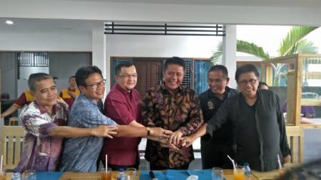 Gubernur Sumatra Selatan, H. Herman Deru. - INDOSPORT