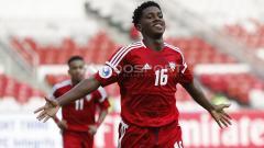 Indosport - Selebrasi pemain UEA U-19, Ahmad Fawzi Abdalla usai mencetak gol ke gawang Chinese Taipe U-19.