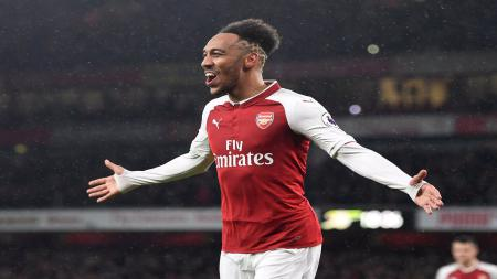Klub LaLiga Spanyol, Barcelona, tengah menjajaki kemungkinan untuk memboyong penyerang Arsenal, Pierre-Emerick Aubameyang, di bursa transfer. - INDOSPORT