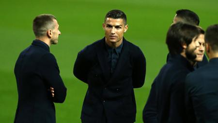 Demi memajukan raksasa Liga Inggris, Manchester United, Ole Gunnar Solskjaer sampai rela mengontak Cristiano Ronaldo agar bisa mendapat saran soal Bruno Fernandes. - INDOSPORT