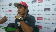 Indosport - Asisten Manajer Persipura Jayapura, Bento Madubun.