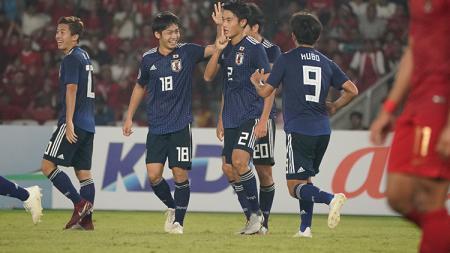 Aksi selebrasi pemain Timnas Jepang U-19. - INDOSPORT