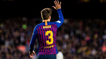 Gerard Pique kemungkinan besar bakal meninggalkan Barcelona di pekan ke-13 LaLiga Spanyol 2019/20 saat timnya menghadapi Leganes, Sabtu (23/11/19). - INDOSPORT