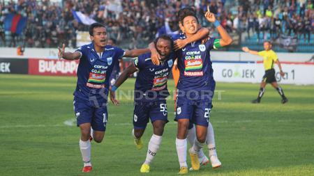 Aksi selebrasi pemain PSIS Semarang melawan Arema FC - INDOSPORT