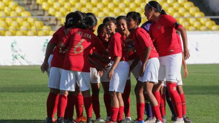 Nasib sial dialami oleh Timnas Indonesia Putri karena dibantai 0-6 Vietnam dalam laga perdana sepak bola putri SEA Games 2019. - INDOSPORT
