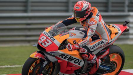 Marc Marquez dalam sesi latihan bebas MotoGP Malaysia 2018. - INDOSPORT