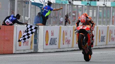 Marc Marquez juara di MotoGP Malaysia 2018 - INDOSPORT