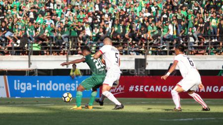 Persebaya Surabaya vs Persija Jakarta - INDOSPORT