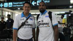 Indosport - Jordin Mayes (kanan), mantan pemain asing Stapac di IBL 2018/19.