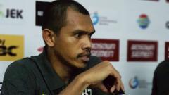 Indosport - Bek Persipura Jayapura Ricardo Salampessy.