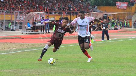 PSM Makassar vs Persipura Jayapura. - INDOSPORT