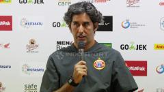 Indosport - Pelatih Persija Jakarta Stefano Cugurra Teco saat konfrensi pers.