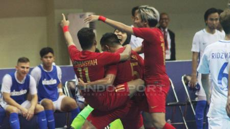 Aksi selebrasi pemain Timnas Futsal Indonesia - INDOSPORT