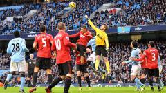 Indosport - Situasi pertandingan derby Manchester