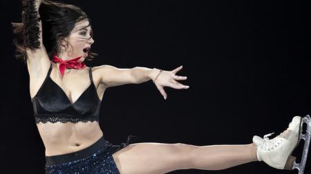 Elizaveta Tutamysheva, atlet ice skating Rusia yang berani tampil seksi - INDOSPORT