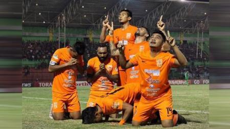 PSIS vs Borneo FC. - INDOSPORT