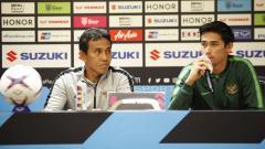 Indosport - Pelatih Timnas Indonesia Bima Sakti, saat konfrensi pers jelang pertandingan antara Indonesia vs Timor Leste.