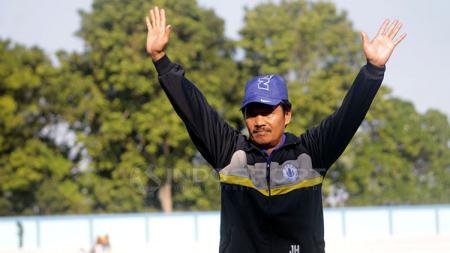 Jaya Hartono, mantan pelatih Persib Bandung. - INDOSPORT
