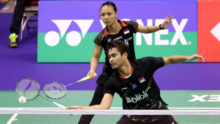 Tontowi Ahmad/Della Destiara Haris di debutnya dalam Hong Kong Open 2018. Copyright: Badminton Indonesia